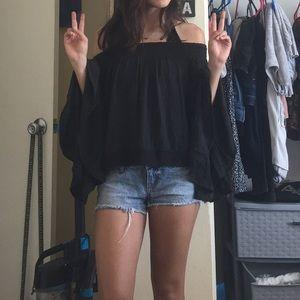 Bohemian black top